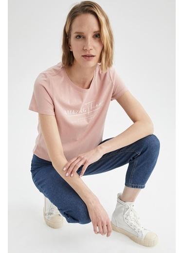 DeFacto Slogan Baskılı Pamuklu Relax Fit Kısa Kollu Tişört Nefti